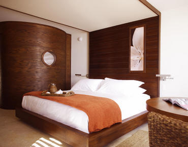 modern king bed at costa d'este