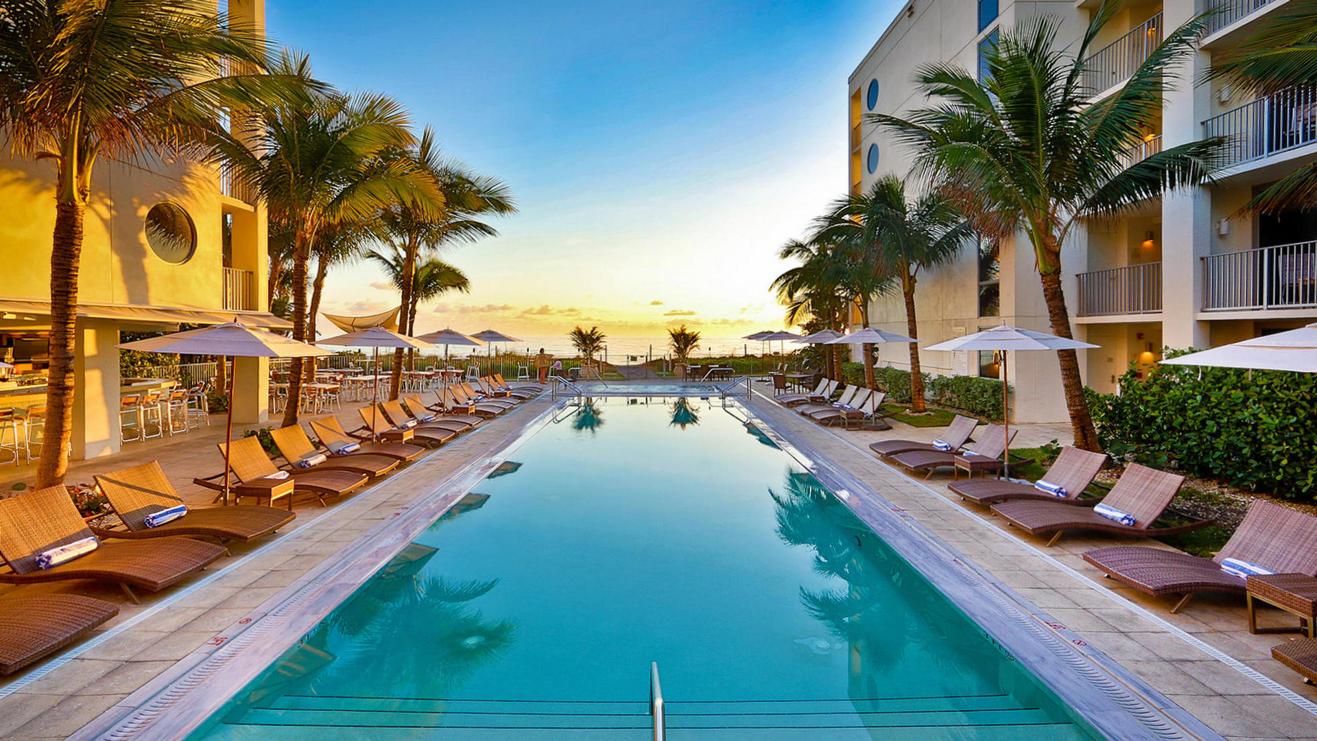 Beachfront hotel deals in florida