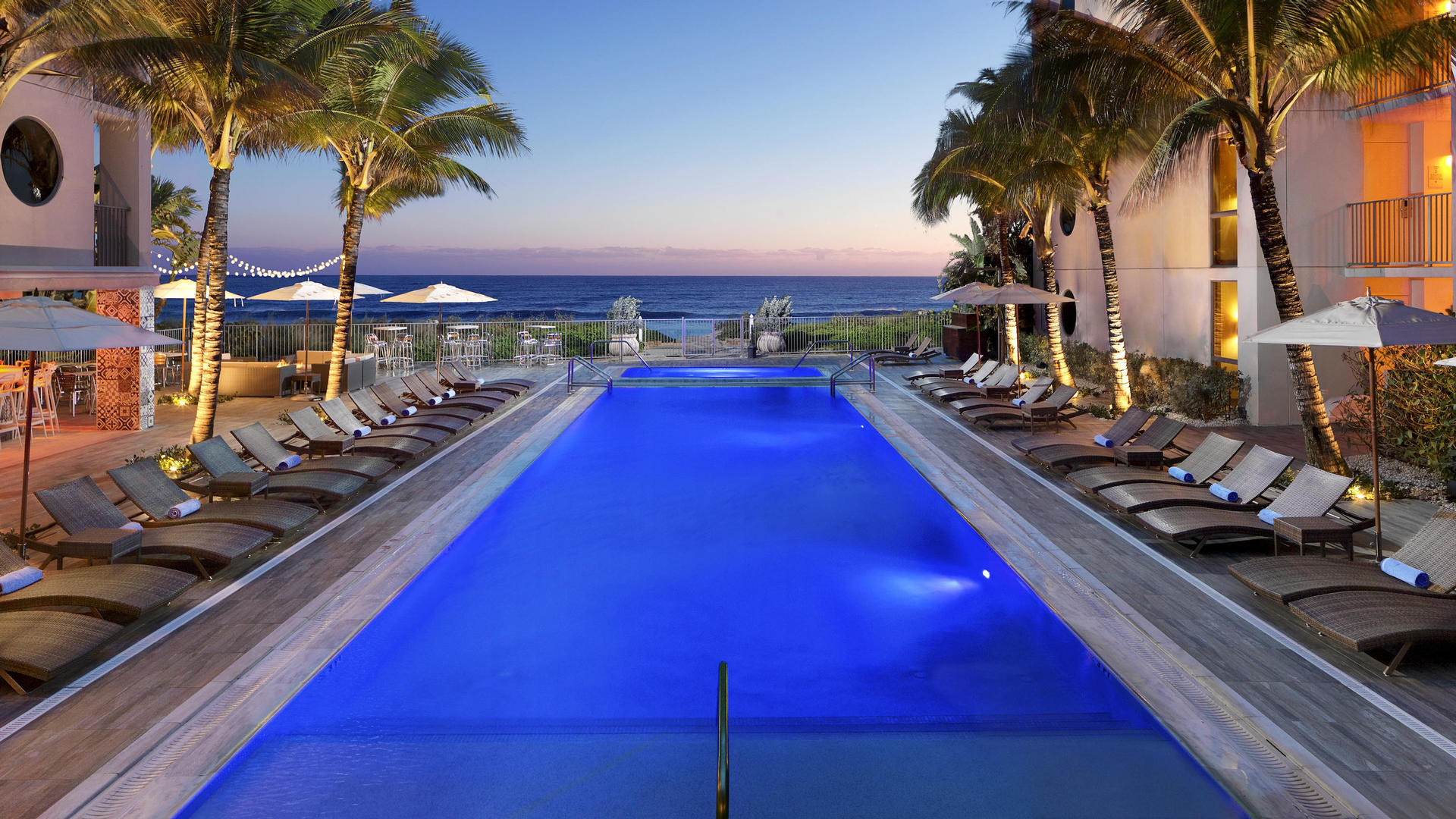 night time pool at costa d'este